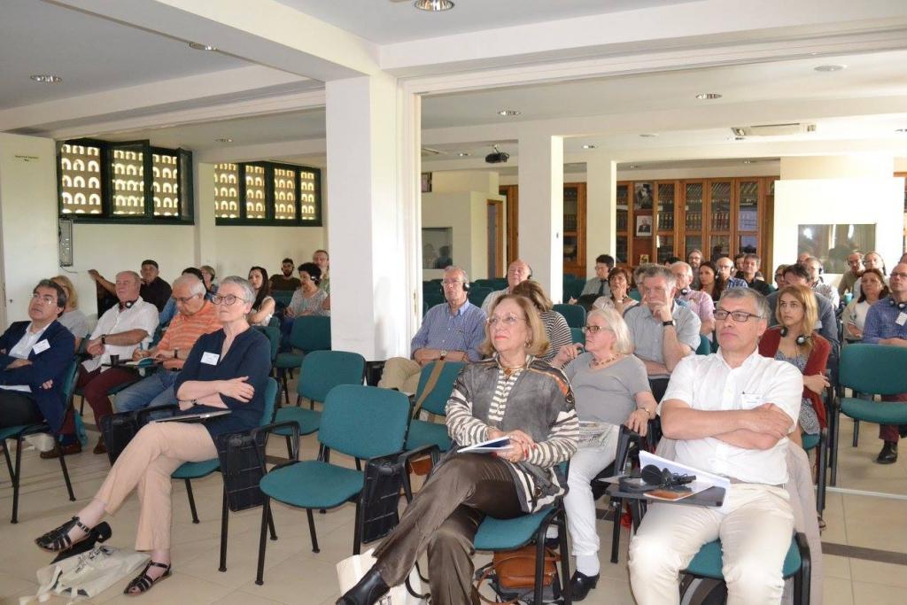 Saturday session at the Regional Press Institute. (Photo: Haniotika Nea.)