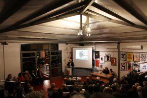 Ο Γιάννης Γαρεδάκης κάνει αναφορά στον εκλεκτό συνεργάτη του μουσείου Αντώνη Παπαντωνόπουλο.
